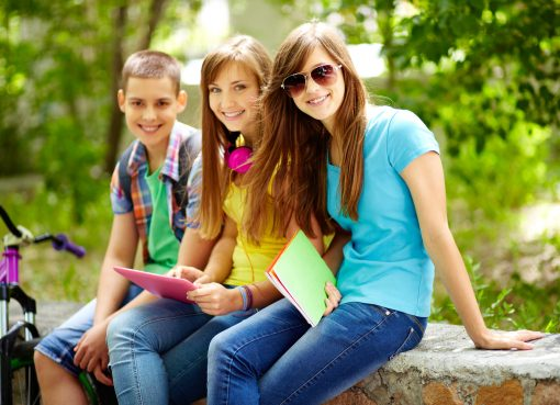 Know how positive parenting helps your teenage children